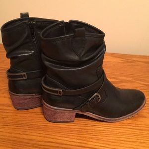 Bare Traps Black Boots